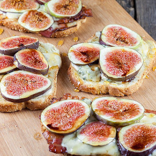 Figs, Bacon And Blue Cheese Grilled Sandwich.