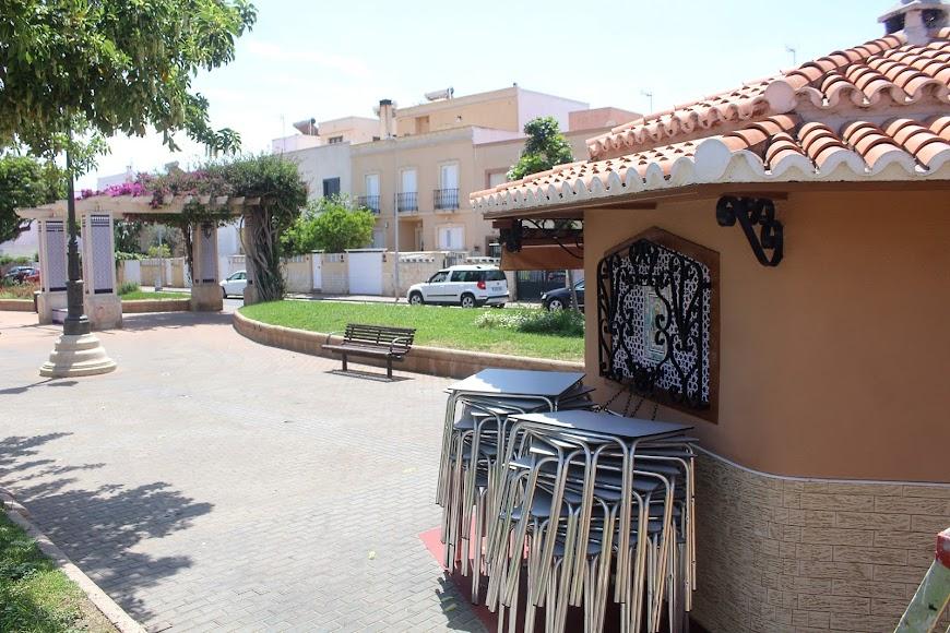 Kiosko El Lengüetas, situado en la Plaza España de Ciudad Jardín.