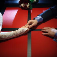 Wedding photographer Vadim Leontev (paintfort). Photo of 21.12.2014