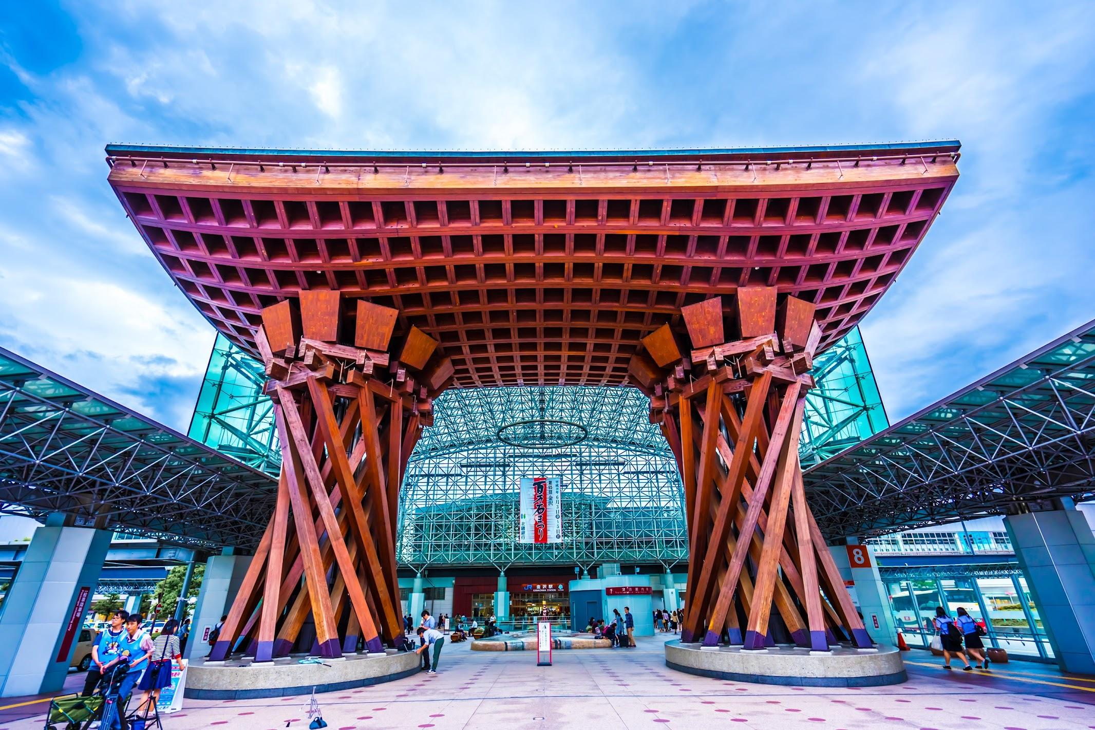 金沢駅 鼓門2