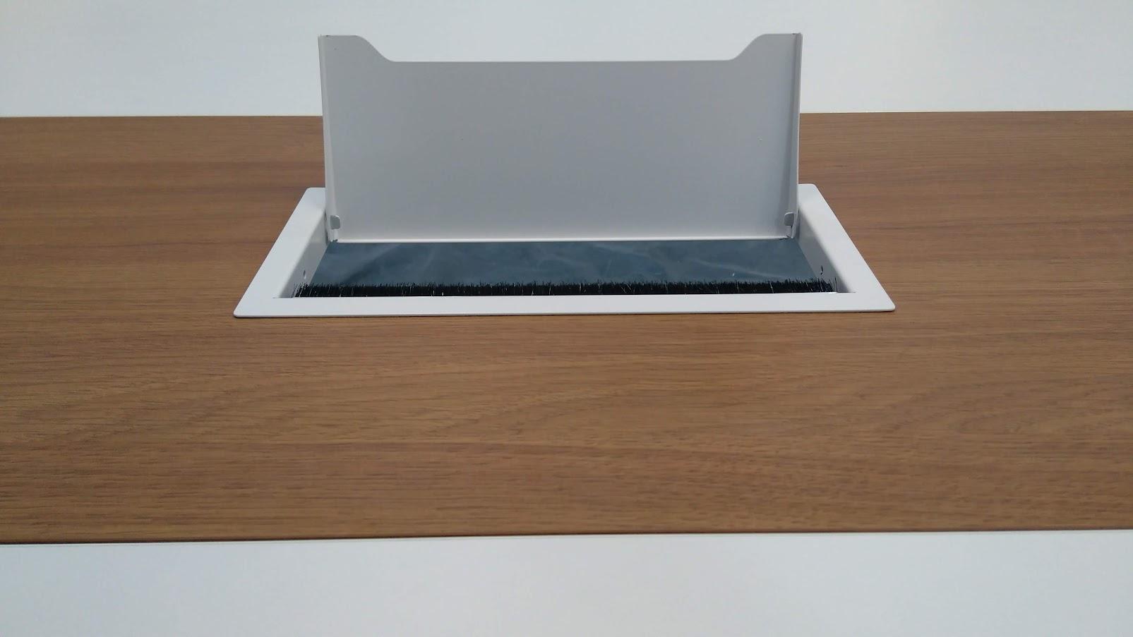 Фурнитура для столов - Модульная офисная мебель, Металлические каркасы столов, Мебельные опоры ✆ 0679245444