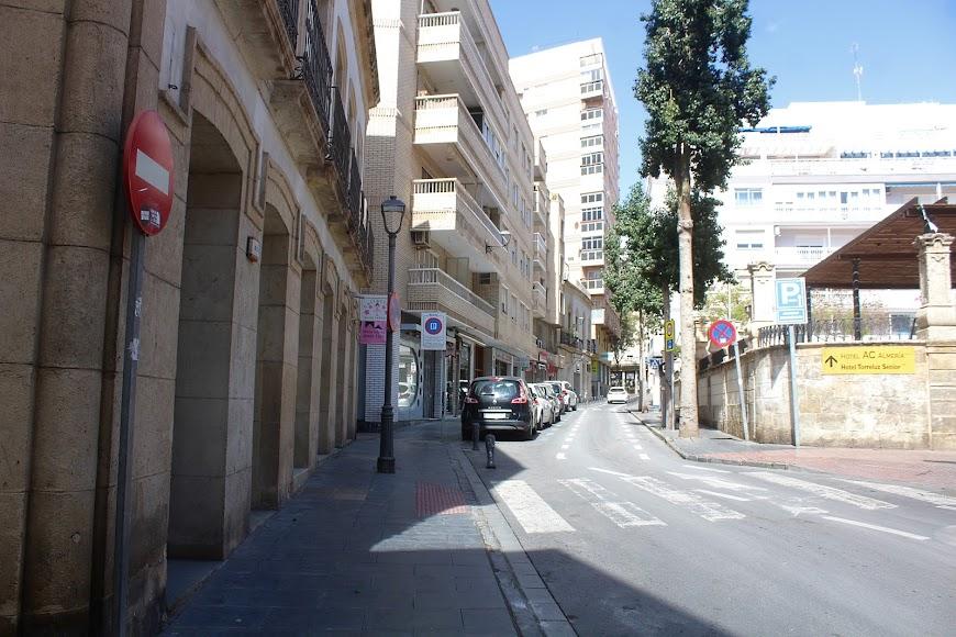 Plaza de San Pedro y calle Torres.