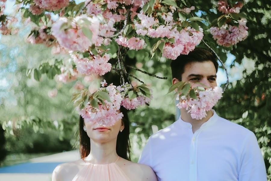 Fotografo di matrimoni Youngcreative Info (youngcreative). Foto del 29.04.2019