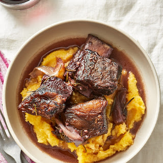 How To Make Braised Short Ribs in the Oven.