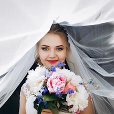Wedding photographer Vitaliy Turovskyy (turovskyy). Photo of 20.02.2019