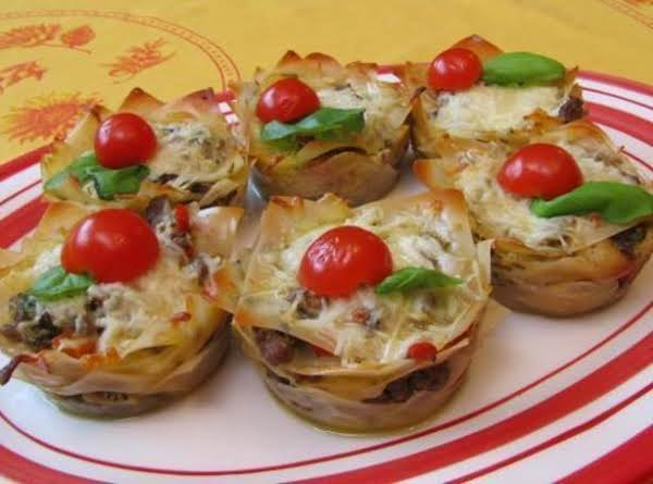 Lasagna Cupcakes With Pesto Sauce Recipe