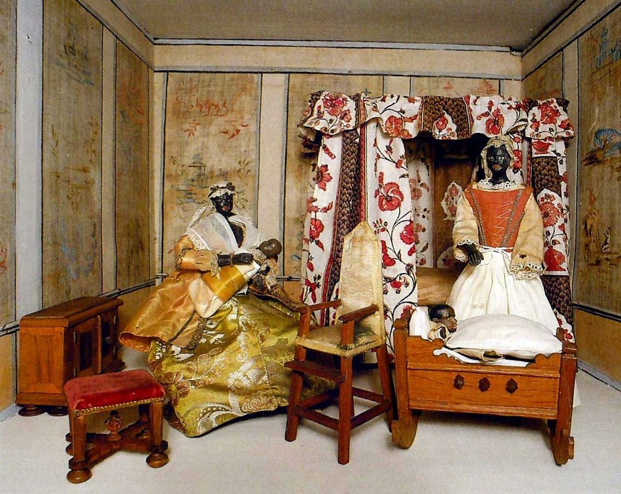 Антикварный салон «Саксония»