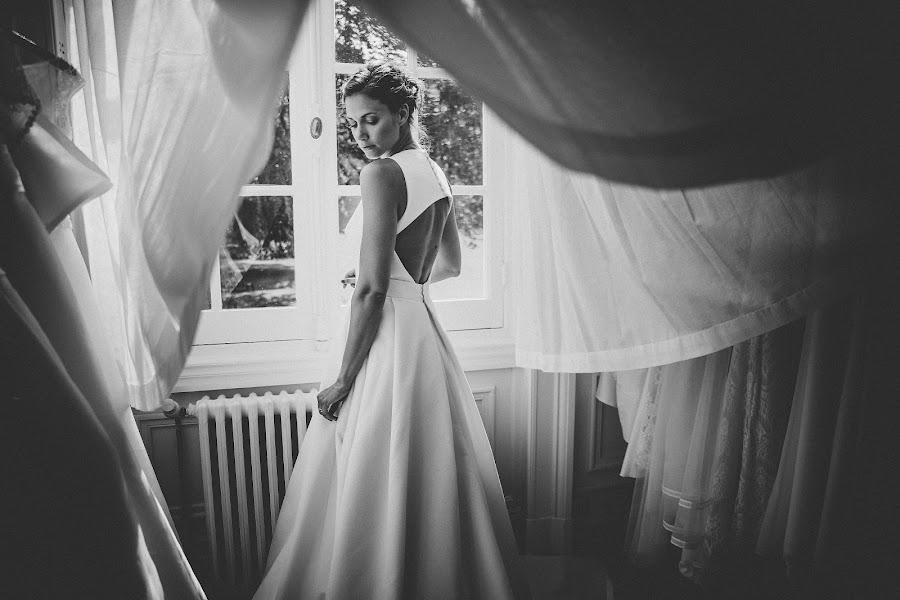 Wedding photographer Julien Laurent-Georges (photocamex). Photo of 16.06.2019