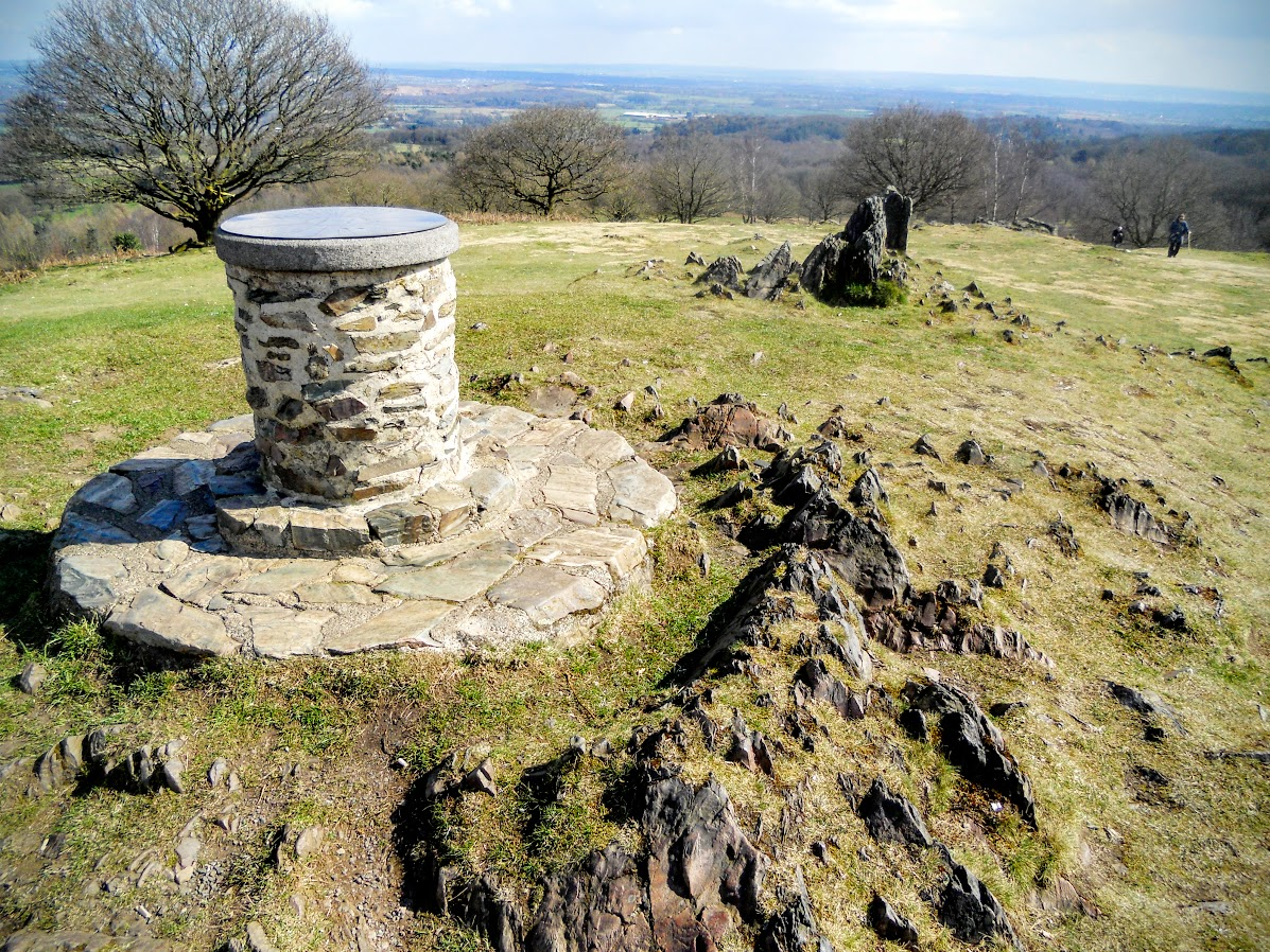 The Toposcope near the summit of Beacon Hill