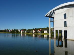 Photo: Reykjavík, See Tjörnin mit Rathaus