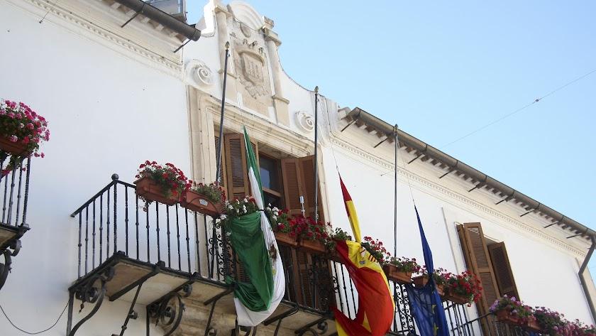 El ayuntamiento de Vélez Rubio debe aportar la documentacion.