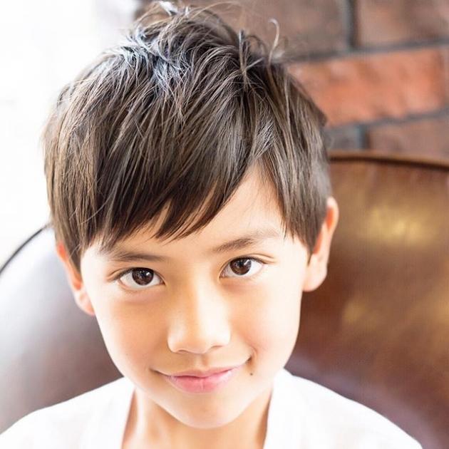 キッズヘアカタログ 男の子のトレンドの髪型をご紹介します Trill