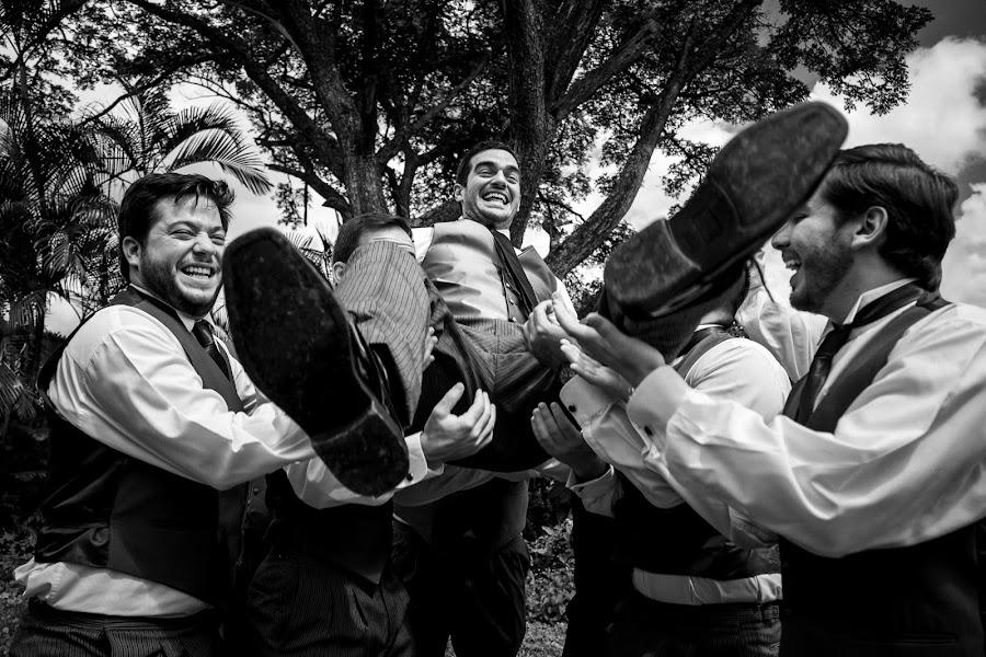 Wedding photographer Leonel Longa (leonellonga). Photo of 30.03.2020