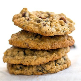 Chewy Oatmeal Raisin Pecan Cookies