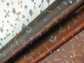 Photo: Ткань :Атлас стрейч натуральный шелк ш.140см. цена 4000руб.