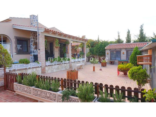 Los Balcones Detached Villa: Los Balcones Detached Villa for sale