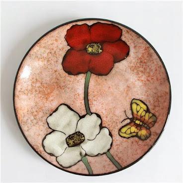 Pink flower flat plate
