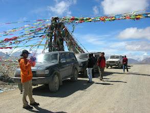 Photo: Jeeps at Lalung-la (5050m)