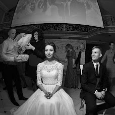 Wedding photographer Oleg Portnov (ynderwood). Photo of 22.03.2018