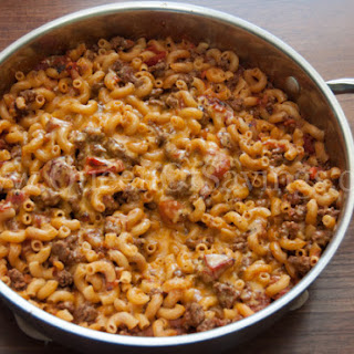 One-Skillet Cheesy Beef and Macaroni