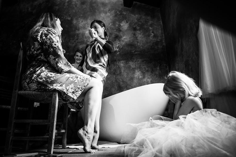 Wedding photographer Alessandro Avenali (avenali). Photo of 10.05.2015