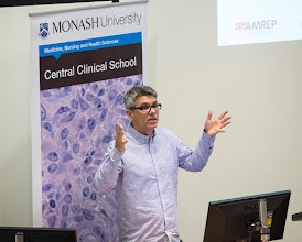 Photo: A/Prof Mark Wright, Honours coordinator for CCS, going through the nuts and bolts of applying.
