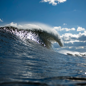 Wave Crest by Dave Nilsen - Landscapes Waterscapes