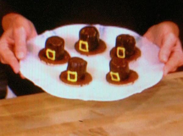 Pilgrims Hat Cookies Recipe