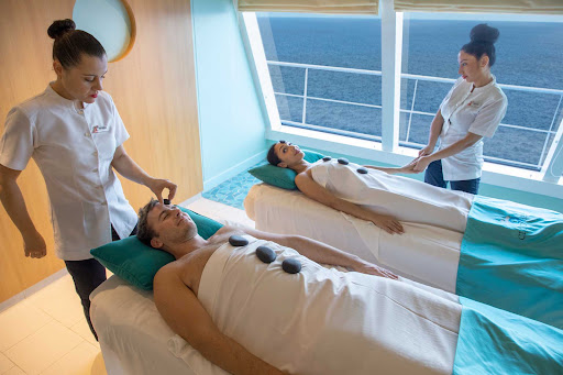 CCL_Horizon_Cloud9Spa_Massage.jpg - Try a couples massage with heated rocks at the Cloud9 Spa on Carnival Horizon.