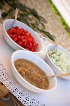 Photo: Salsa dicipolla, salsa di ricotta e salsa di datterino fresco