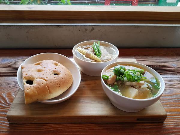 家溫度湯專門店。好湯的學問,多款燉湯任君挑選!