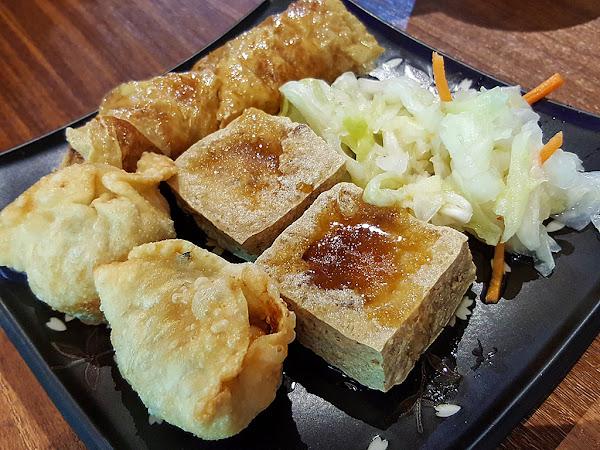 勇記蘿蔔糕 臭豆腐