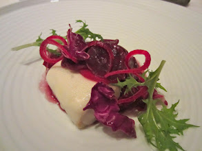 Photo: White sausage with red cabbage, carmine and mustard