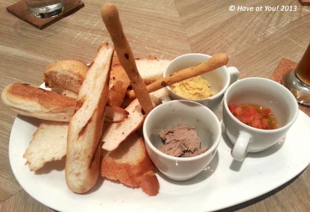 bread plate trio