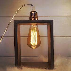 lampe en béton couleur taupe