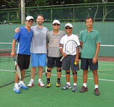 Photo: 6:30 am tennis is a great way to start the day...these fellows start every day that way
