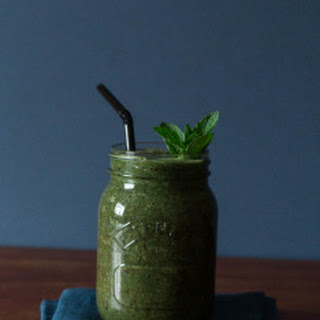 A Coconut Green Smoothie Recipe