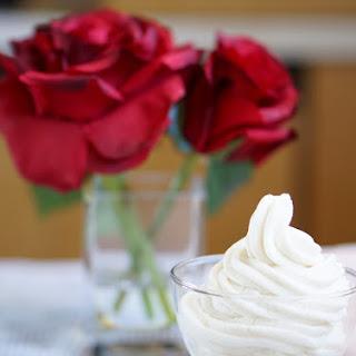 Healthy, Non-Fat, Low-Calorie Vanilla Mousse