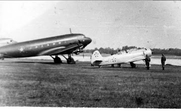 Photo: Li-2 és Jak-18