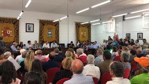 La sesión plenaria atrajo a numerosos asistentes debido a la importancia de los temas que se trataron ayer.