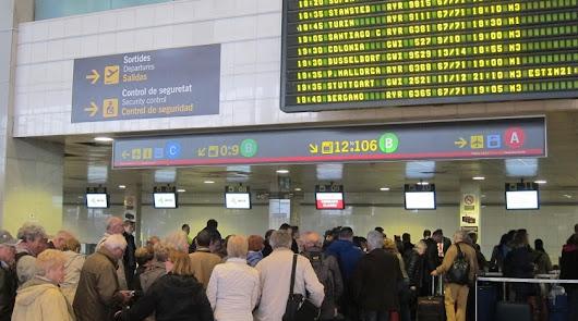 Las aerolíneas que permiten cambiar los vuelos sin coste y las que no