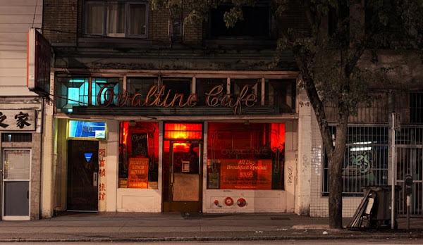 <p> Ovaltine Cafe 5:20 a.m.</p>