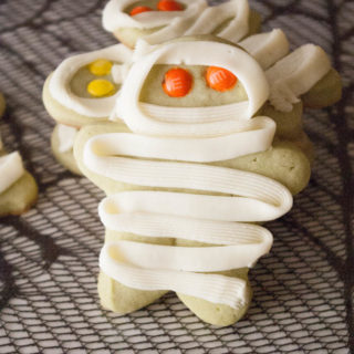 Easy Mummy Cookies