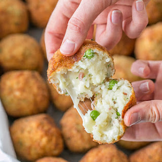 Cheesy Rice Balls (Arancini)