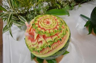 Photo: SAKIKO HARA カービング教室HORAI 主宰(http://carving-horai.jp/index.html) 会期中に彫って差し替えた、もう一つのデザイン