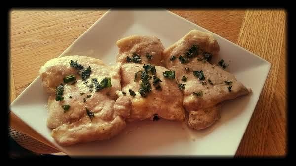 Chicken With Alabama White Bbq Sauce & Fried Sage