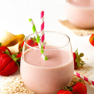 The Very Best Breakfast Oatmeal Smoothie.