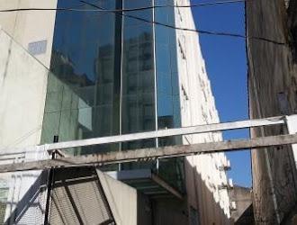Edifício Inteiro de 2.200m² à Venda