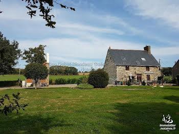 maison à Isigny-le-Buat (50)
