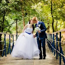 Wedding photographer Lyubov Skolova (Skolova). Photo of 03.07.2014